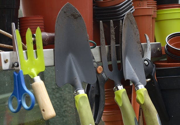 gardening tools guide