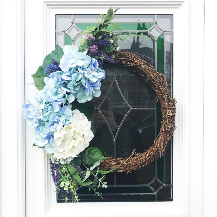 Artificial wreath from HopesAndBlooms on Etsy - Win Your Dream Wedding 2018
