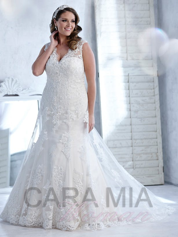 Flattering Plus Size Wedding Dresses From Eternity Bridal Confetti