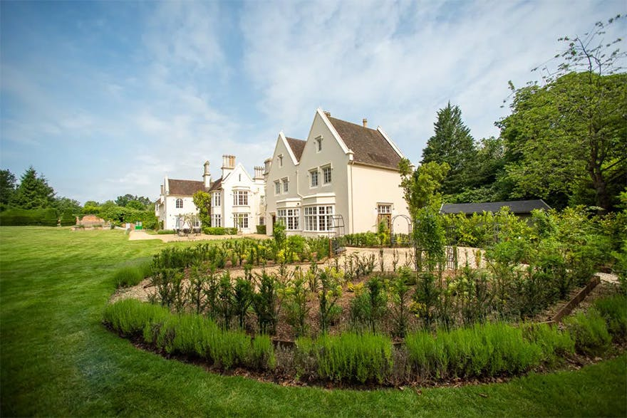 Silchester House 17th Century Grade II Listed Country House by Bijou Weddings - Grand Intimate Wedding Venues in the Countryside | Confetti.co.uk