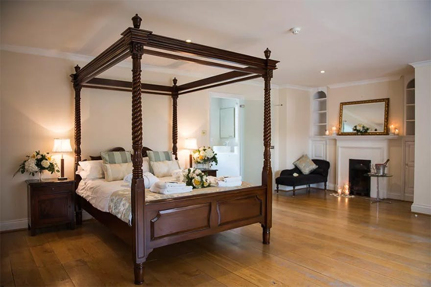 Silchester House Luxurious Bedrooms and Bridal Suite - Country House Wedding Venue with Accommodation - Elegant Four Poster Beds | Confetti.co.uk