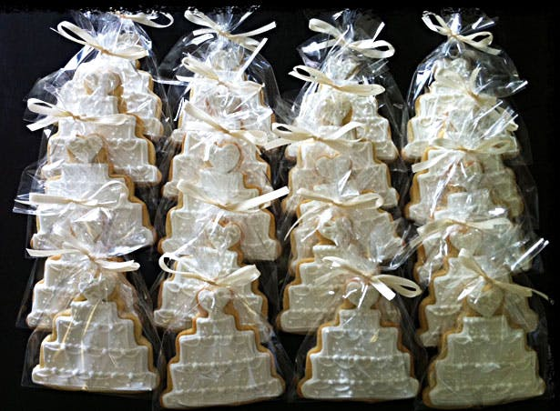 Wrapped wedding biscuits