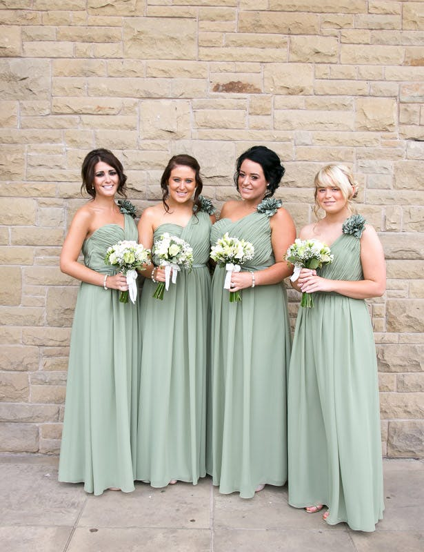 Bridesmaids in pale green