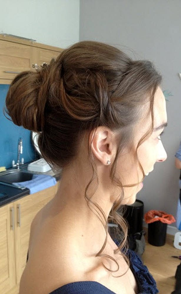 bridal hairstyle curls