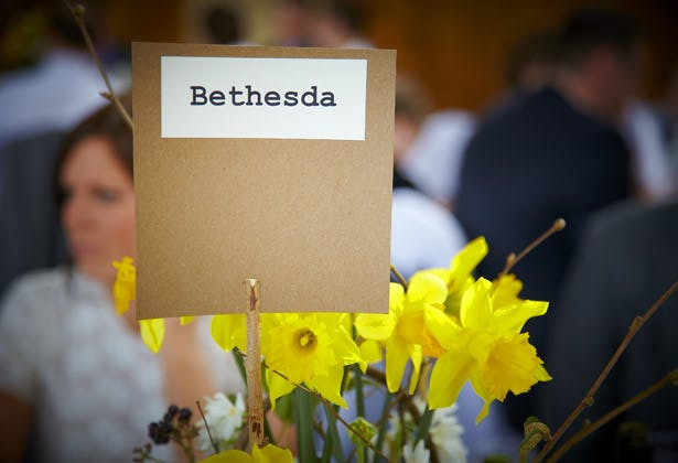 rustic table number wedding day daffodils
