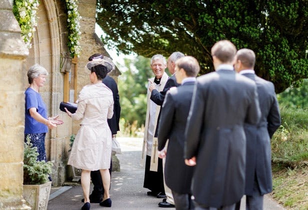 Guests arriving to the ceremony