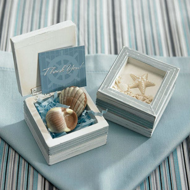 Blue beach theme wooden favour box | Confetti.co.uk