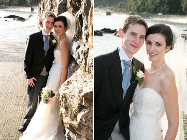 The bride and groom by the sea by Ava Images