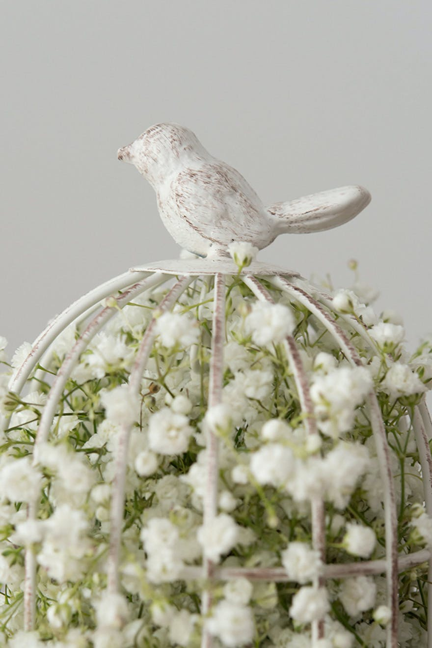 Baby's Breath Gypsophila Wedding Decor Ideas | Confetti.co.uk