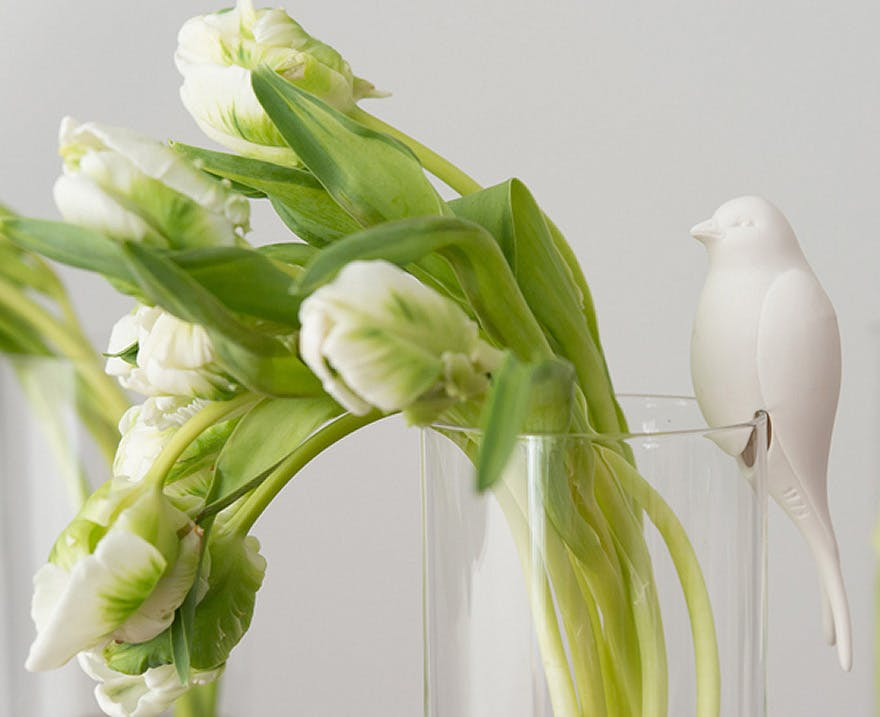 Spring Tulips Wedding Decor | Confetti.co.uk