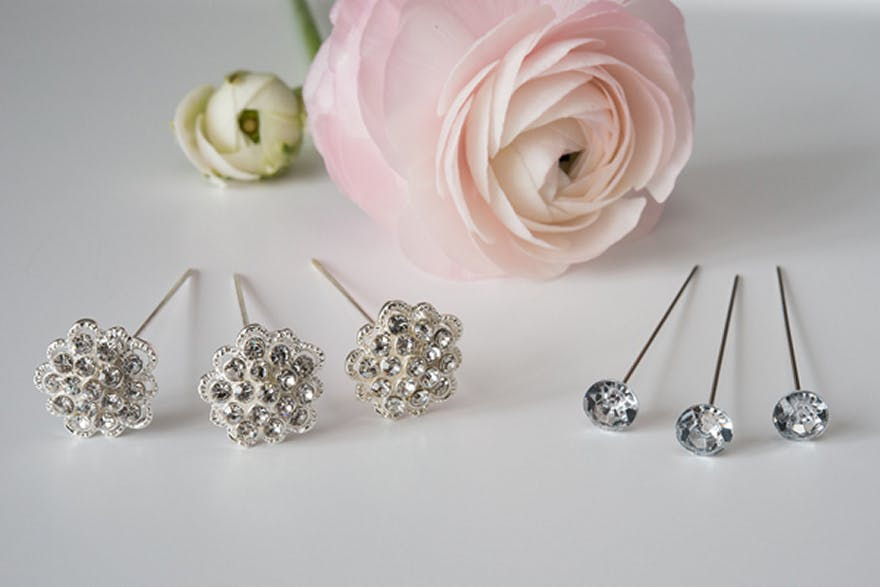 Flowers and Gems | Confetti.co.uk