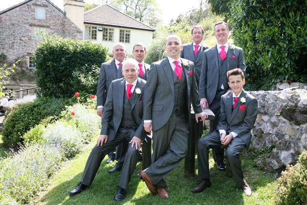 The groom and the groomsmen garden photo shoot | Ava Images | Confetti.co.uk