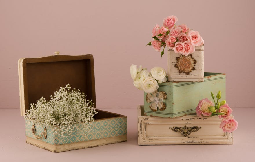 Vintage boxes with flowers | Confetti.co.uk