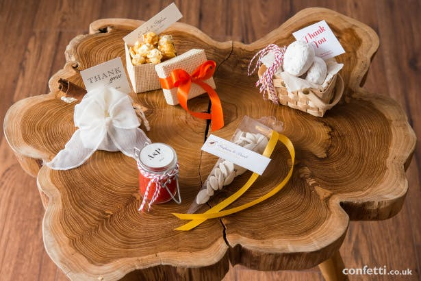 5 Edible Autumn Wedding Favours from Confetti.co.uk