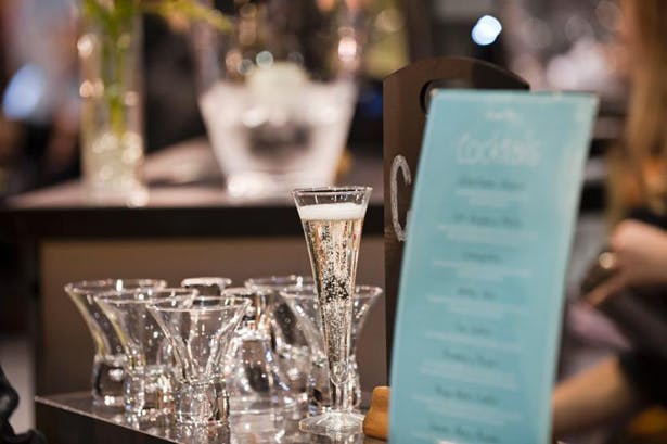 Wedding champagne flutes | Confetti.co.uk