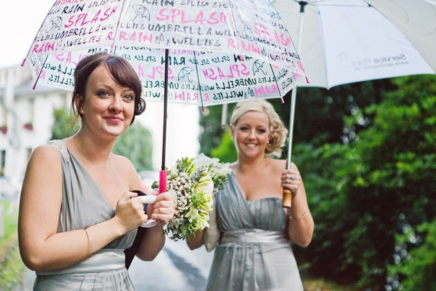 Bridesmaids prepared for British weather | Confetti.co.uk