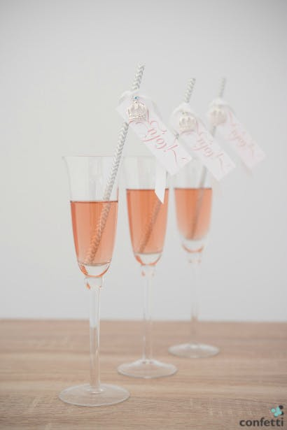 Signature cocktails add personality to your wedding reception | Confetti.co.uk