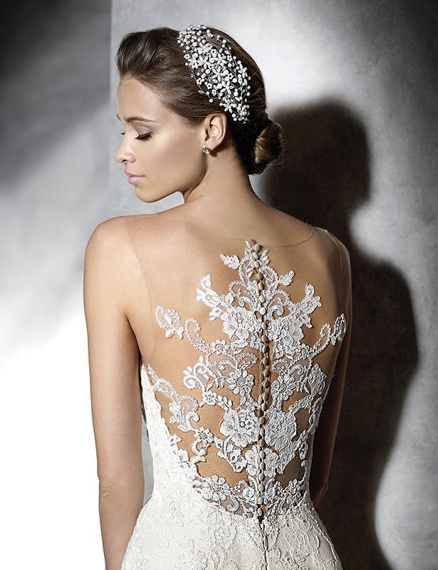 Lace Pronovias Bridal Gown | Confetti.co.uk