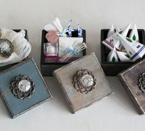 DIY Perfect Bridesmaids Gift Boxes Thumbnail | Confetti.co.uk