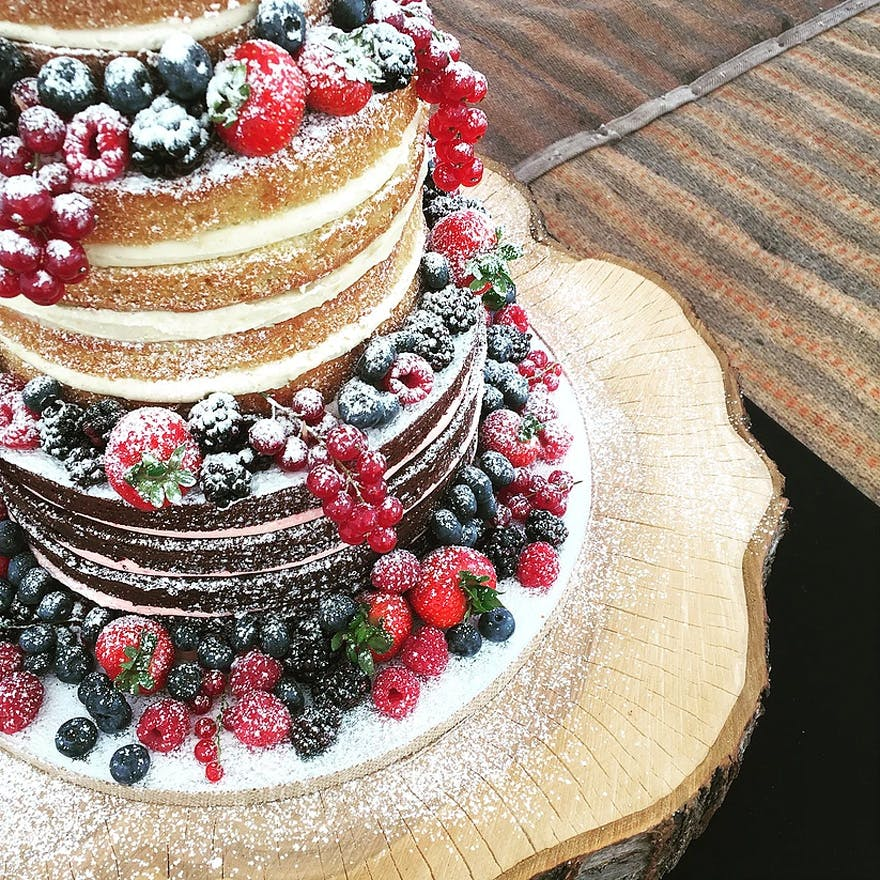 Wedding Cakes: Naked Wedding Cakes: 11 Of The Best Naked Wedding Cakes