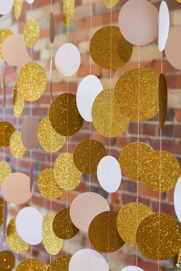 Gold Garlands | Confetti.co.uk