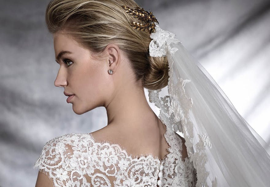 Lace Veil with Gold Wedding Hair Accessory - Veil Style V5214 by Pronovias | Confetti.co.uk