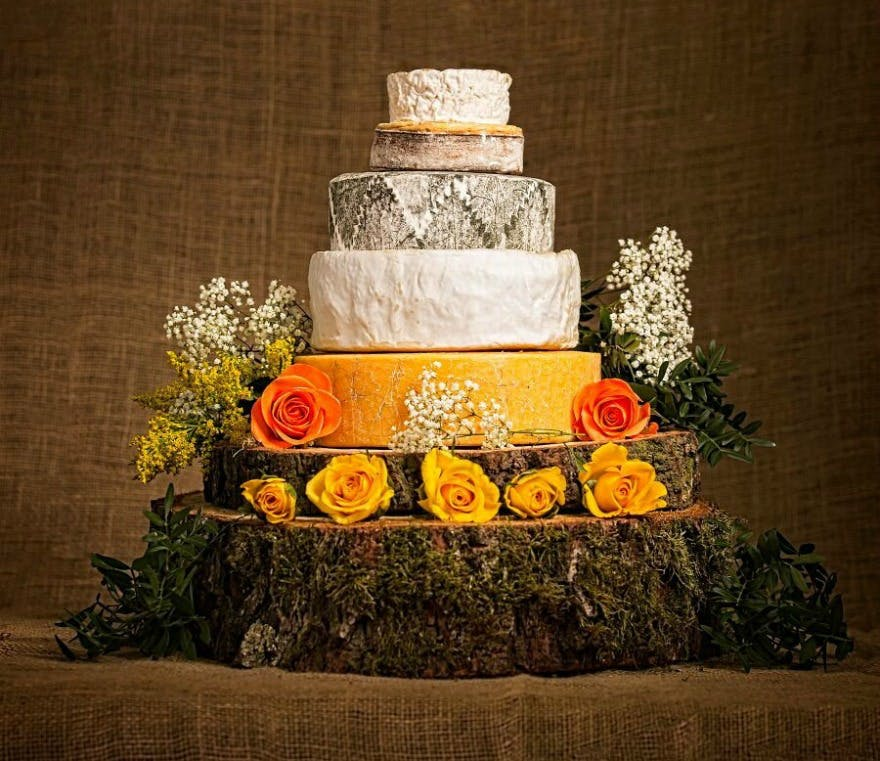 Cheese wedding cakes by Cotswold Cheese Company | Confetti.co.uk