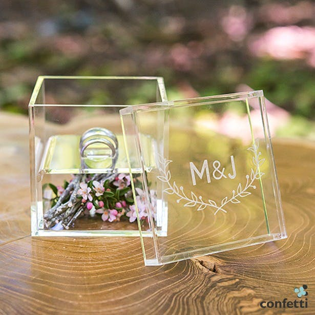 Woodland Pretty personalized wedding ring box | Confetti.co.uk