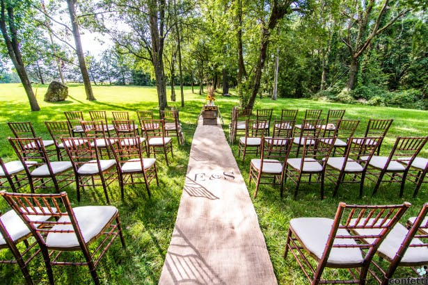 The Pros And Cons Of Outdoor Weddings Confetticouk