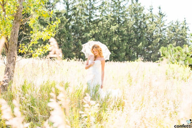 Summer Bride with Parasol | Confetti.co.uk