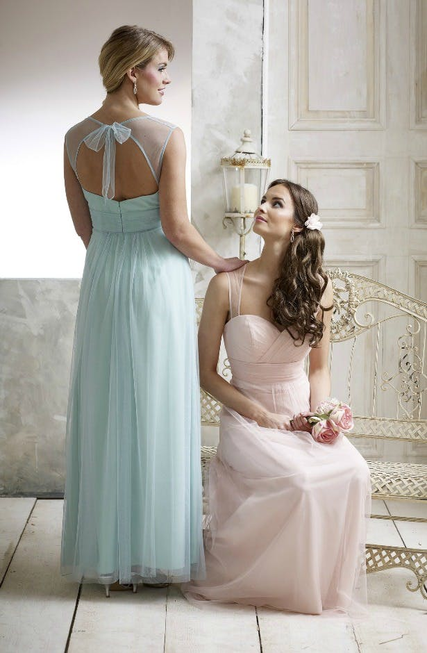 mint and light pink Veromia Bridesmaid dresses with sweetheart neckline with bow tied at the back