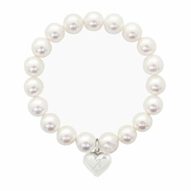 This lovely pearl effect bracelet with sterling silver heart is the perfect gift for a special lady | Confetti.co.uk