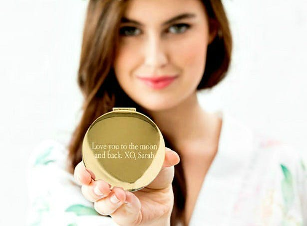 Personalised compact mirror | Confetti.co.uk