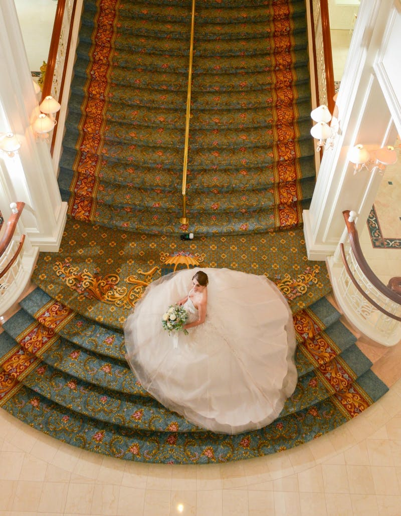 Disney World Bride at The Grand Floridan Hotel | Confetti.co.uk