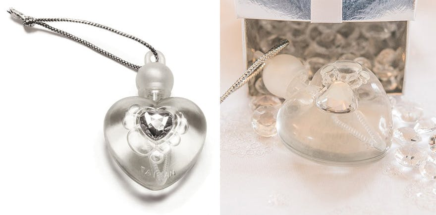 Heart Shaped Wedding Bubbles Favour | Confetti.co.uk