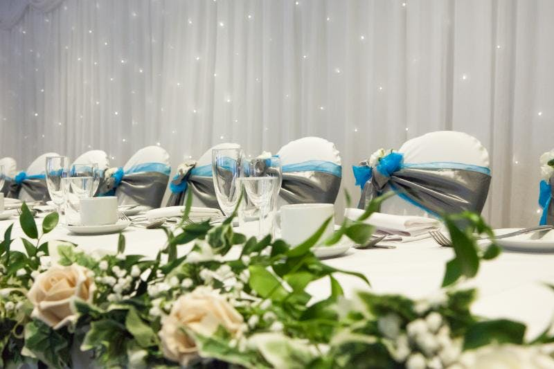 Holiday Inn Corby-Kettering Wedding table | Confetti.co.uk