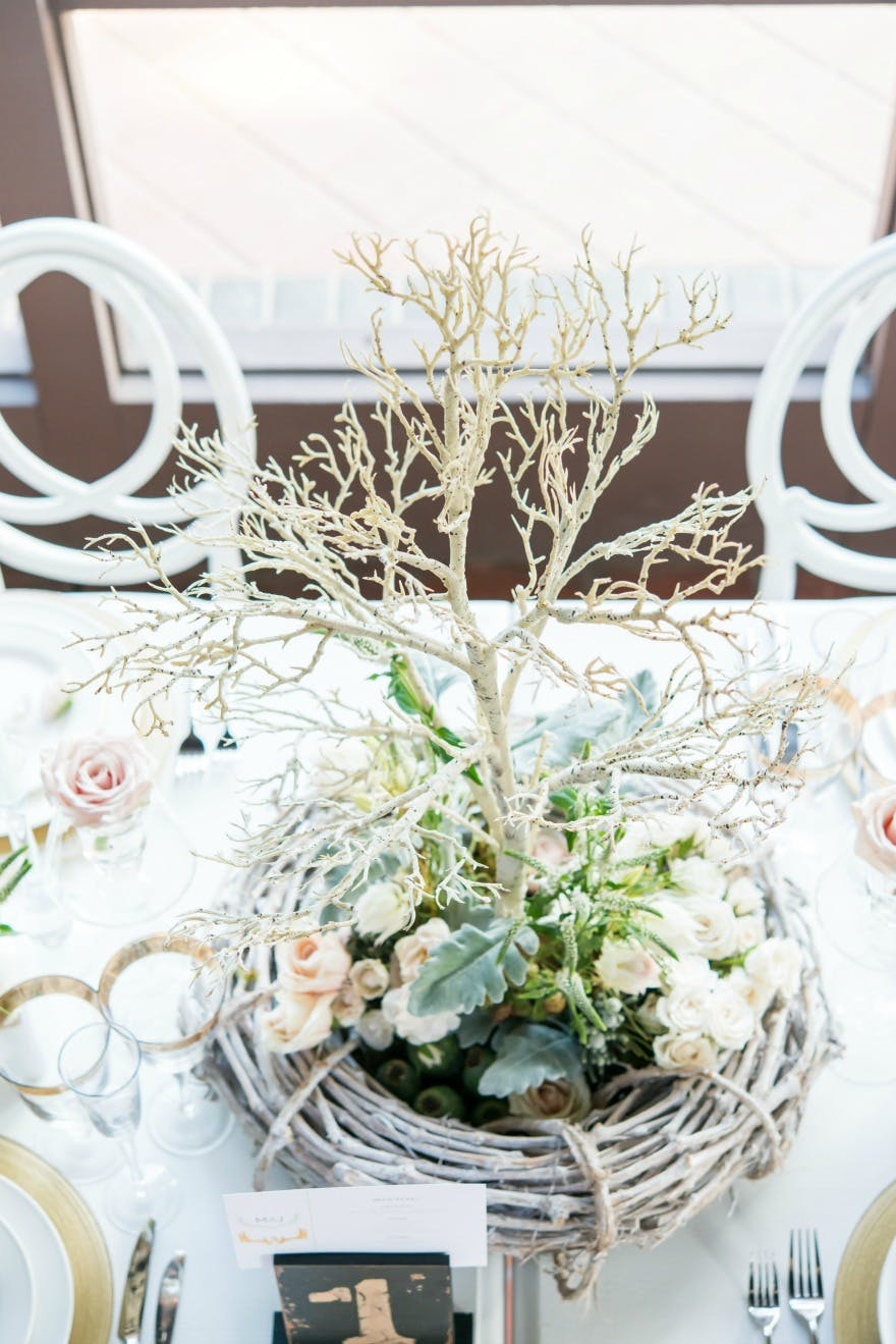 Woodland wedding table | Confett