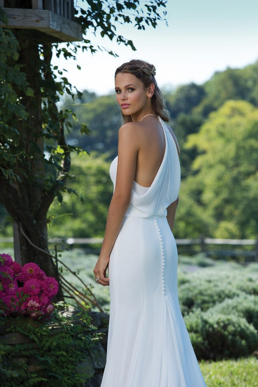 Sincerity Bridal's New Autumn/Winter Collection 2017 style 3986 BC | Confetti.co.uk