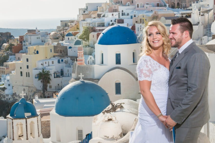 Bride and groom in Greece - Greek Dream Planners | Confetti.co.uk