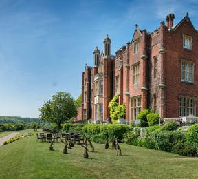 A Very Secret Venue in Buckinghamshire De Vere Latimer Estate | Confetti.co.uk