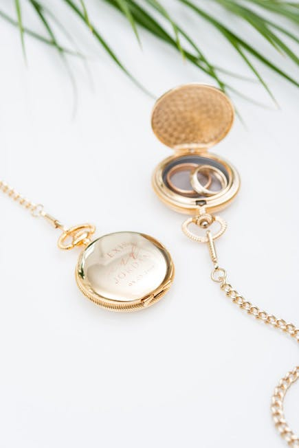 Gold Personalised Pocket Watch Ring Holder | Confetti.co.uk