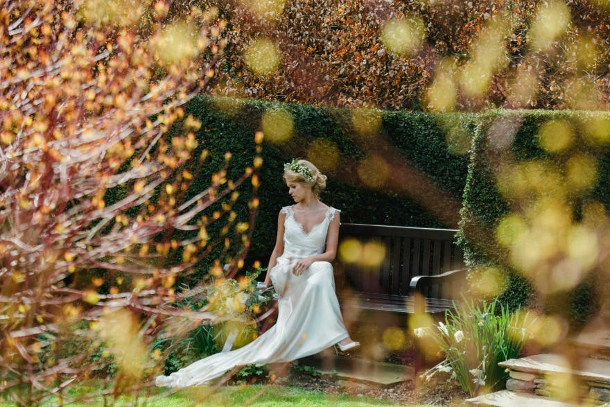 Spring wedding Ideas at the Devonshire Arms Hotel by Suzy Mitchell | Confetti.co.uk