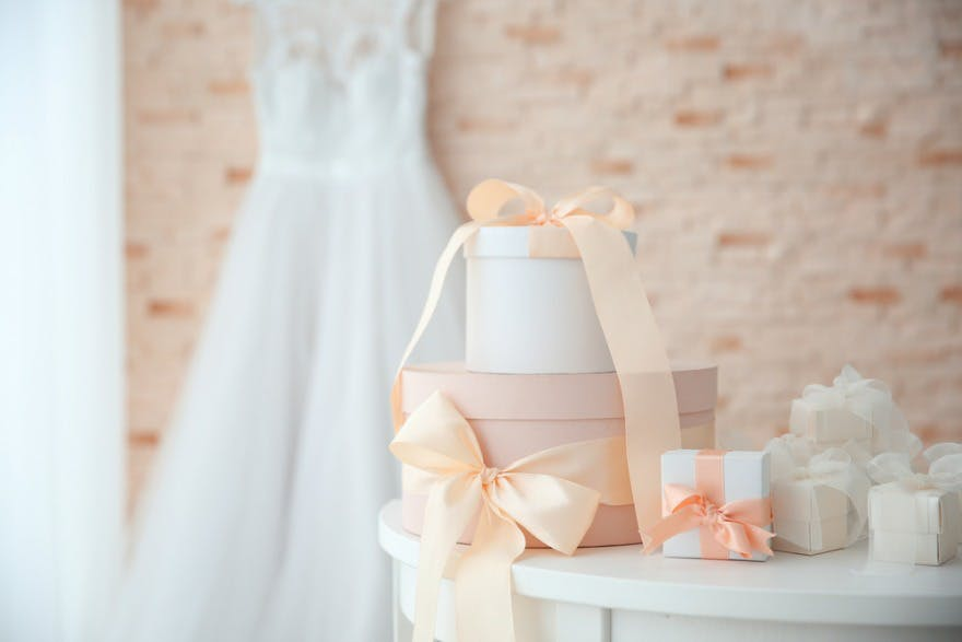 7 Mistakes To Avoid When Choosing A Wedding Gift Confetti