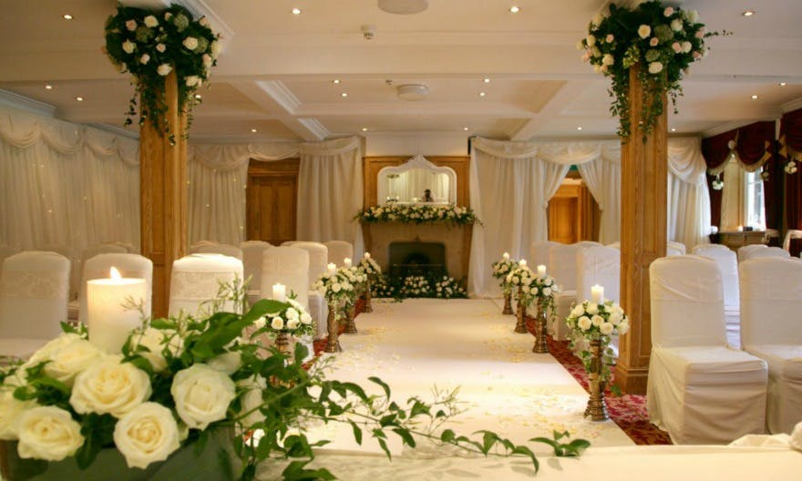 Wedding in the Cavendish Suite at the Devonshire Arms Hotel and Spa | Confetti.co.uk