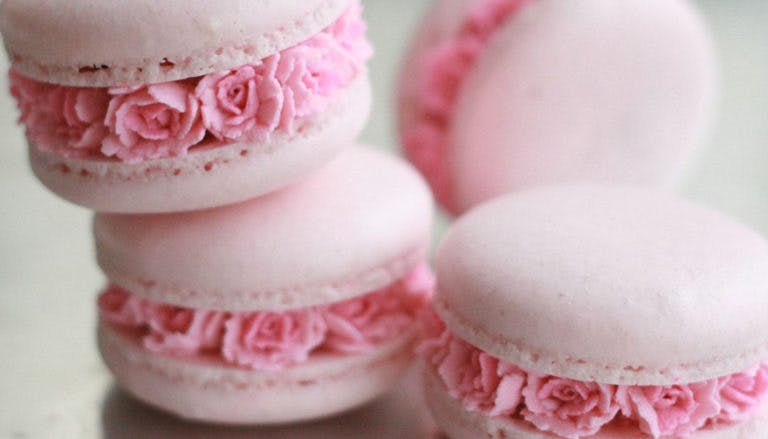 Flower Filled Macarons by Ayse Yaman on Instagram Thumbnail   Confetti.co.uk