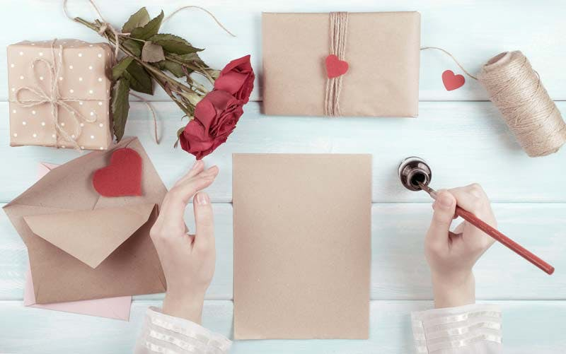 Wedding Card Messages: What to Write in a Wedding Card