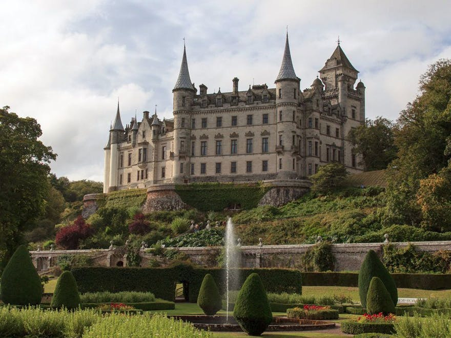Dunrobin Castle French Chateau Style Castle and Gardens - Fairytale Cinderella Wedding Venue in Scotland - Seat of Clan Sutherland | Confetti.co.uk
