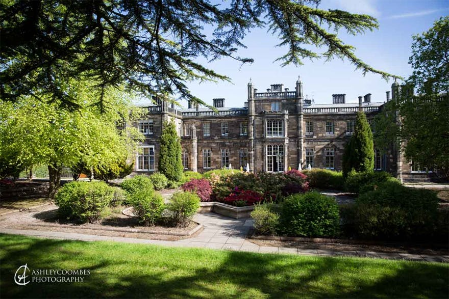 Mar Hall Golf and Spa Resort in Renfrewshire, Scotland - Opulent Luxury Wedding Venue in Scotland - Beautiful Scottish Wedding Venues - Ashley Coombes Photography | Confetti.co.uk