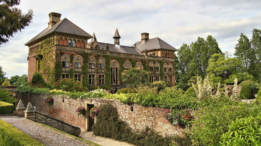 Soughton Hall Hotel Idyllic Wedding Venue in Flintshire, North Wales - Unique Wedding Venues in the UK - Exclusive Wedding Venue in North Wales - Ivy Covered Wedding Venues | Confetti.co.uk