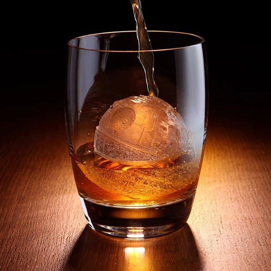 Star Wars 3D Death Star Ice Cube Tray - Death Star Ice Cube Mould | Confetti.co.uk